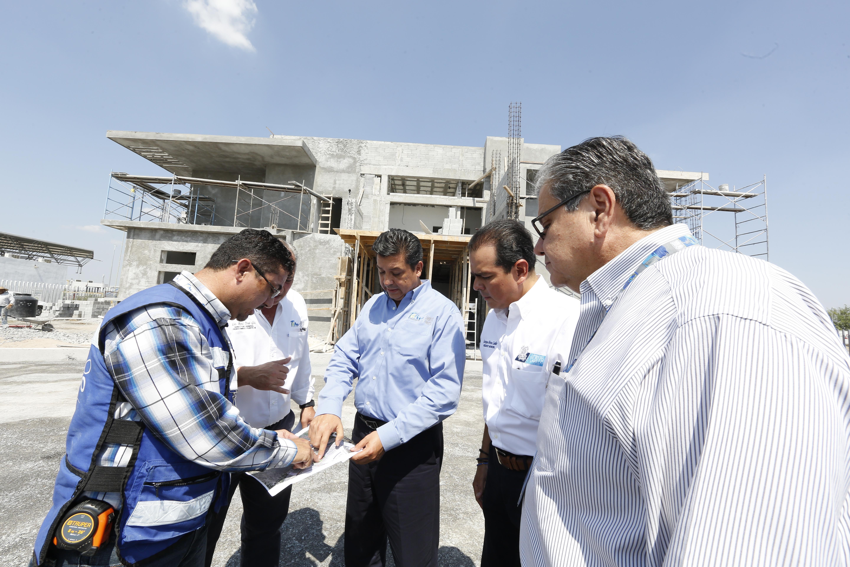 TAM-142-2019.-Supervisa Gobernador obras en puente internacional Nuevo Laredo III (1)
