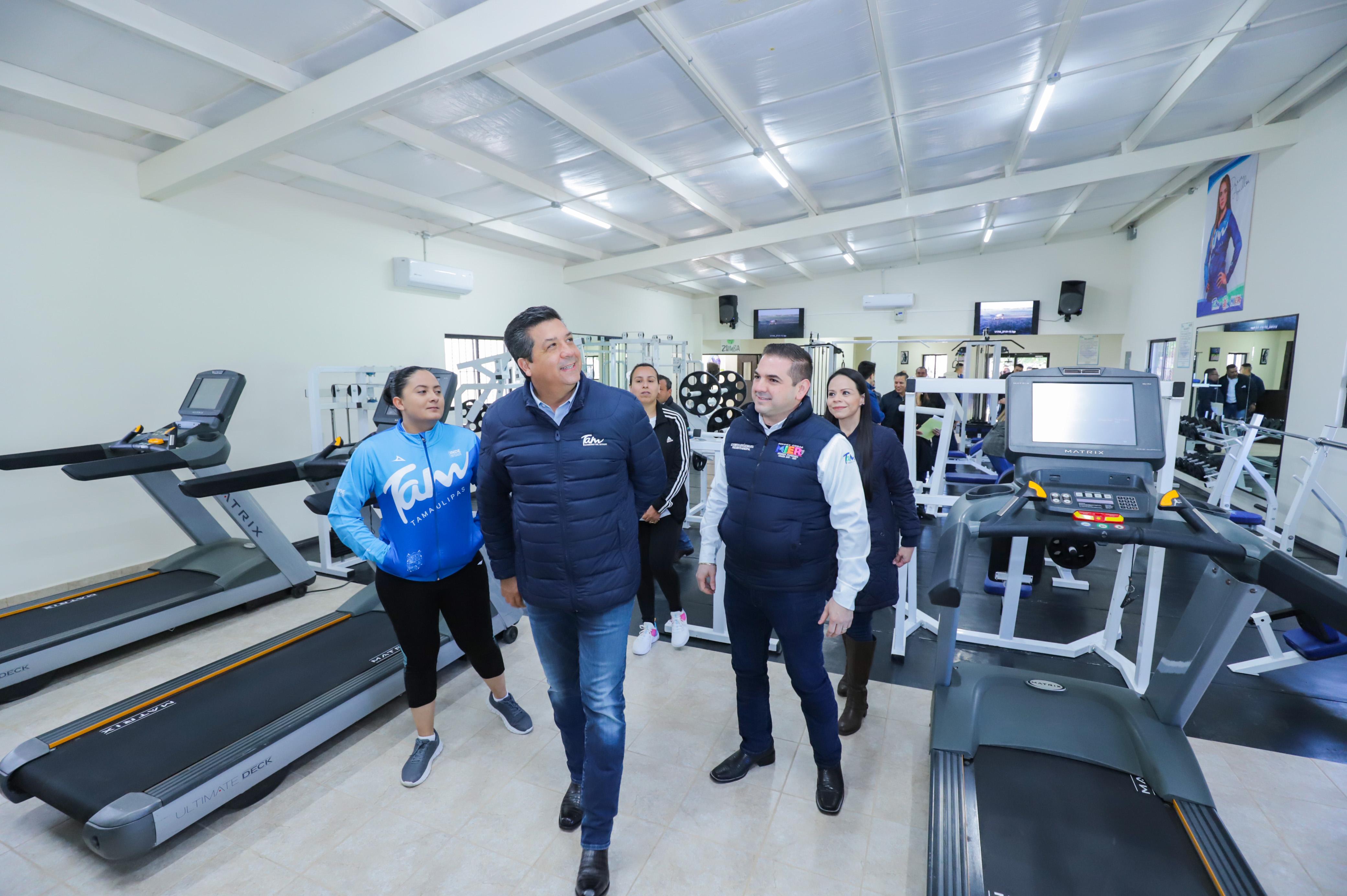 TAM-016-2020.-Inaugura Gobernador gimnasio municipal en Ciudad Mier (2)