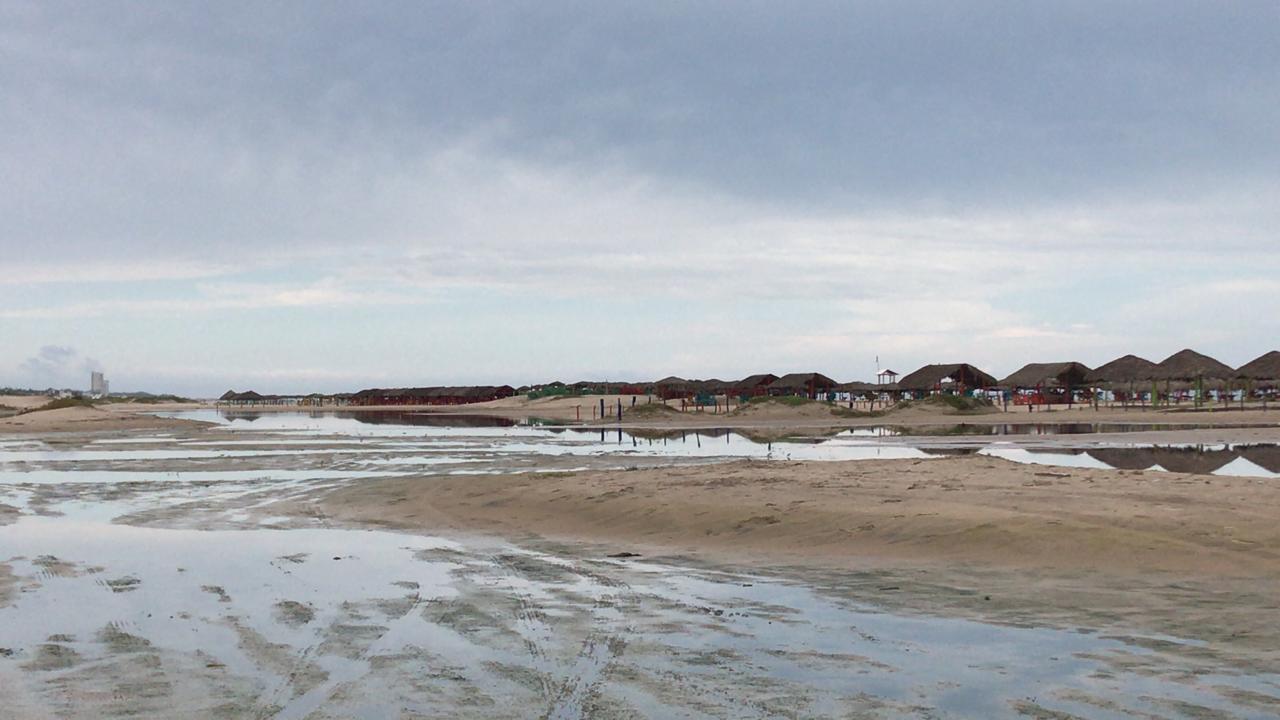 Por pronóstico de mal tiempo y afectaciones de marea alta, se pospone apertura de Playa Miramar y Tesoro (3)